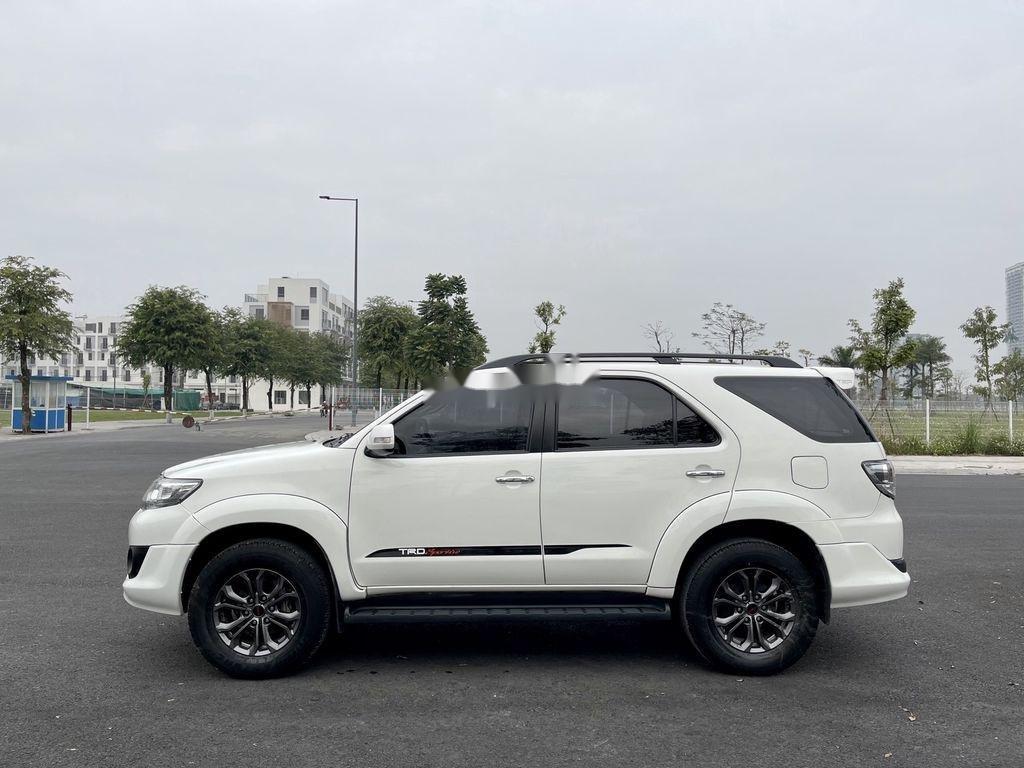 Cần bán xe Toyota Fortuner Sportivo TRD năm sản xuất 2014 (4)