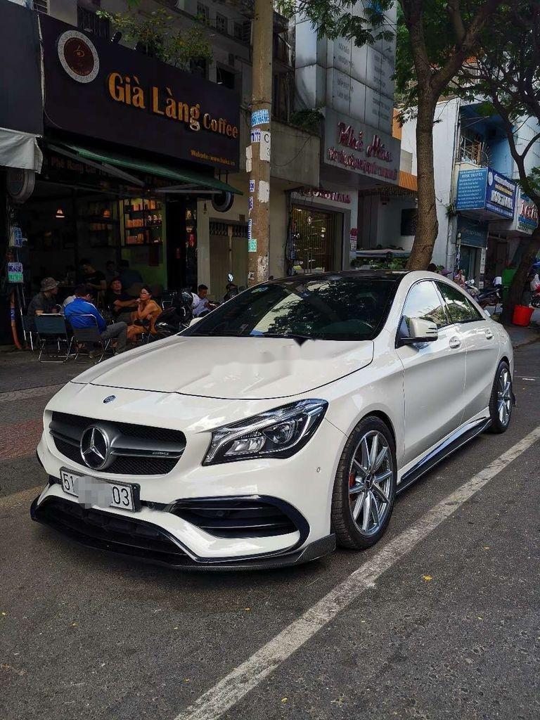 Cần bán lại xe Mercedes CLA class sản xuất năm 2017, xe nhập còn mới (2)