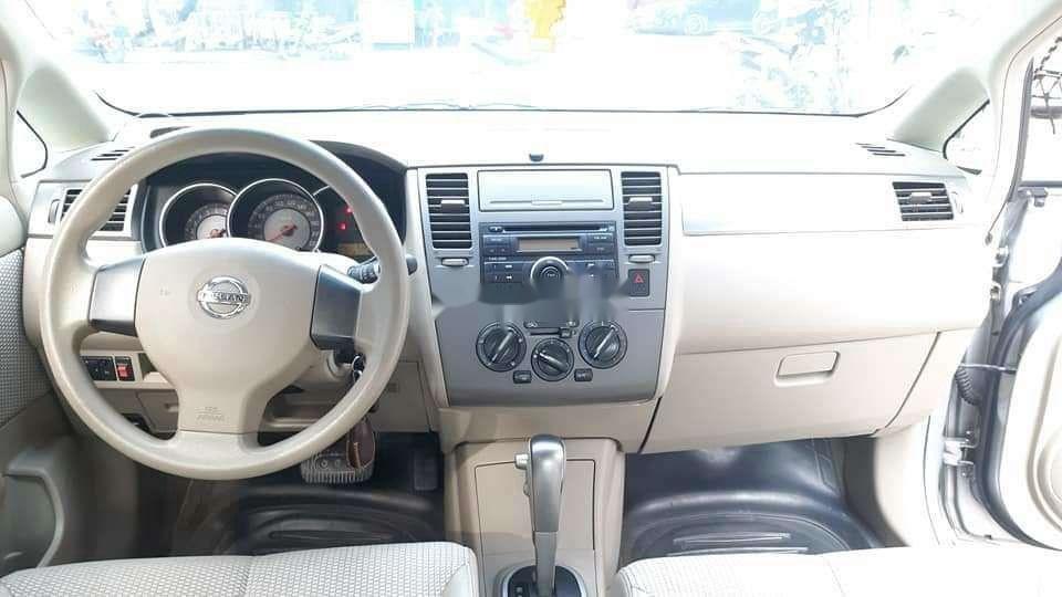 Cần bán gấp Nissan Tiida sản xuất năm 2009, xe nhập còn mới, giá tốt (2)