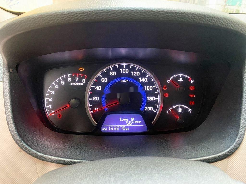 Bán ô tô Hyundai Grand i10 sản xuất năm 2014, màu bạc, giá chỉ 210 triệu (10)