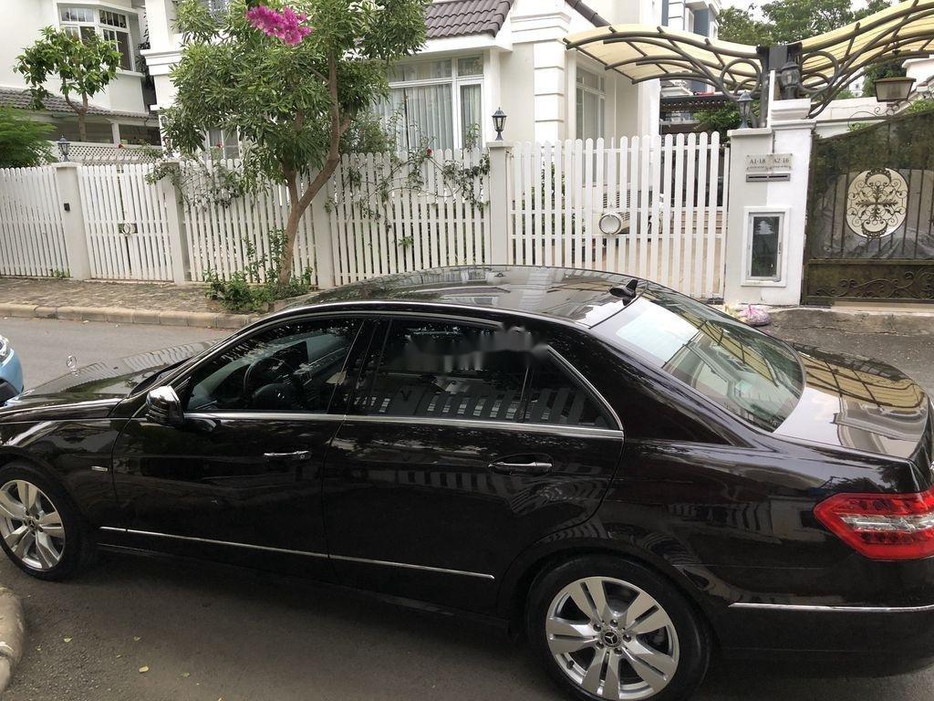 Bán xe Mercedes E class sản xuất 2011 còn mới, 900tr (2)