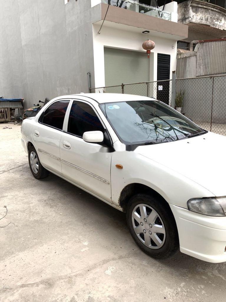 Bán Mazda 323 đời 2000, màu trắng (7)