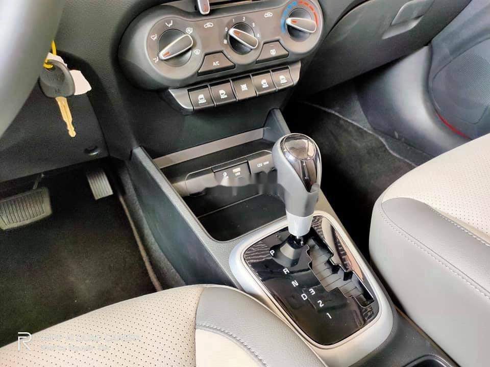 Cần bán xe Kia Soluto AT năm sản xuất 2021, 429 triệu (4)