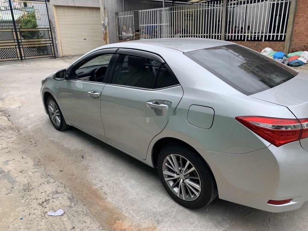 Bán Toyota Corolla Altis sản xuất năm 2015 (4)
