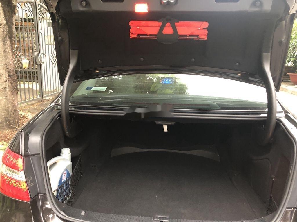 Bán xe Mercedes E class sản xuất 2011 còn mới, 900tr (11)