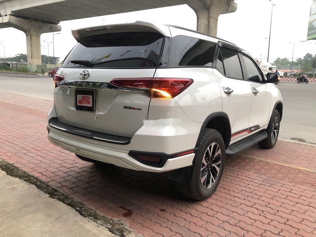 Bán Toyota Fortuner TRD sản xuất năm 2019 (4)