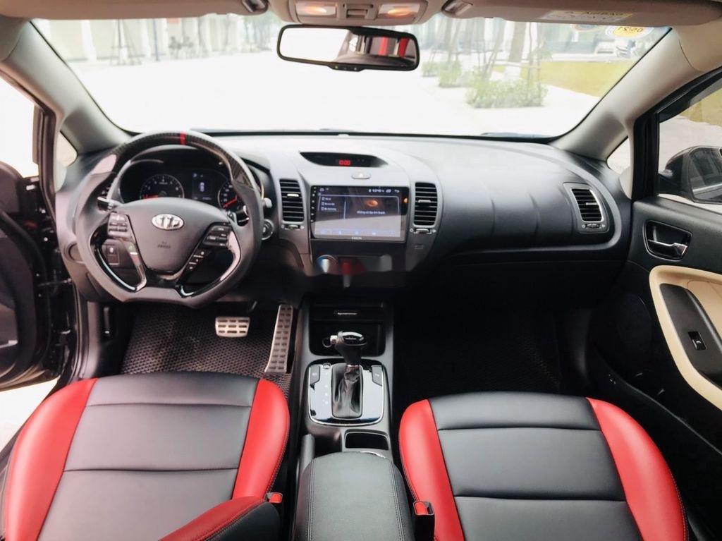 Cần bán gấp Kia Cerato năm sản xuất 2017, giá mềm (12)