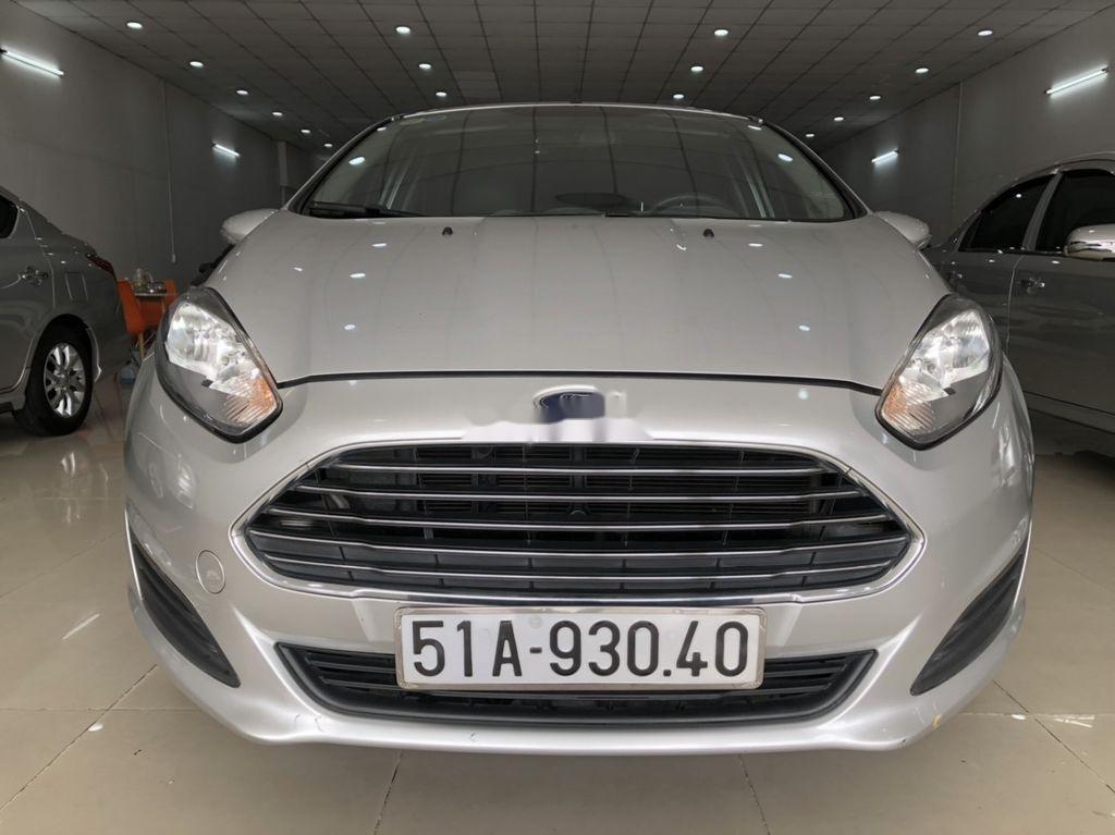 Bán Ford Fiesta 1.5 AT sản xuất 2014, giá chỉ 350 triệu (1)