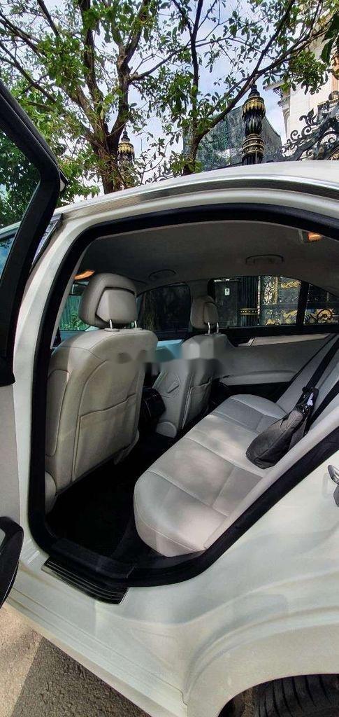 Cần bán gấp Mercedes C230 sản xuất năm 2011, xe nhập, 510 triệu (10)