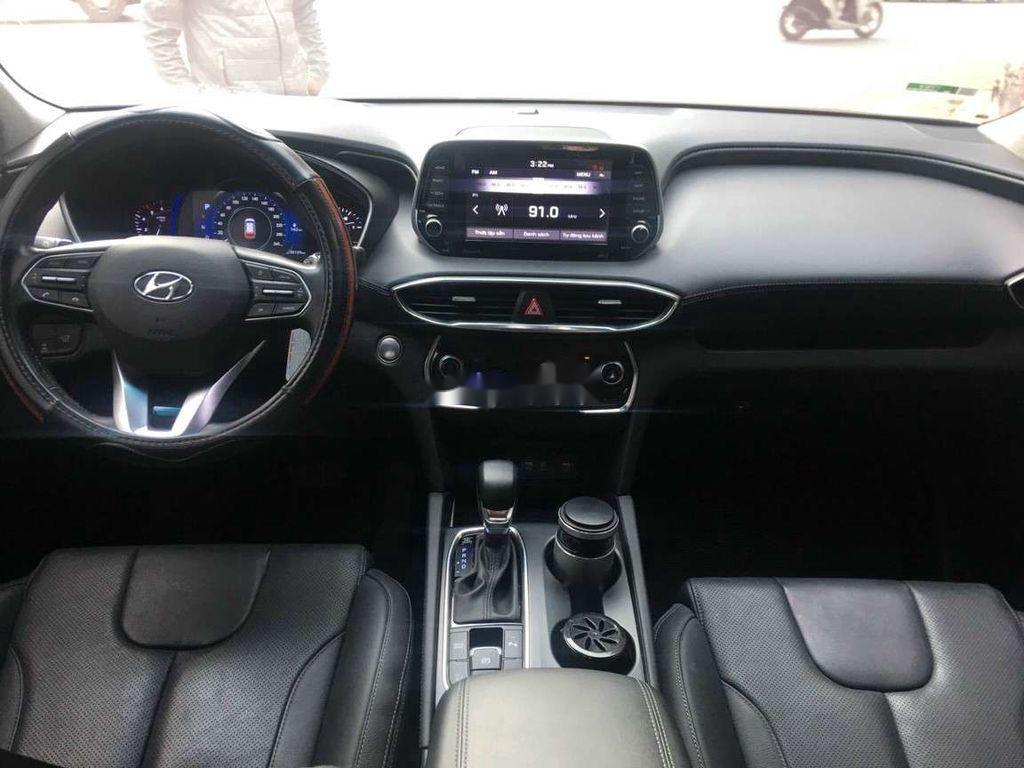 Bán Hyundai Santa Fe đời 2019, màu đen số tự động (10)