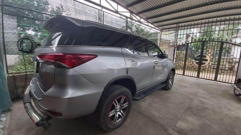 Bán ô tô Toyota Fortuner năm sản xuất 2018, màu bạc, 960 triệu (4)