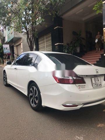 Bán Honda Accord năm 2018, nhập khẩu nguyên chiếc còn mới, 945tr (3)
