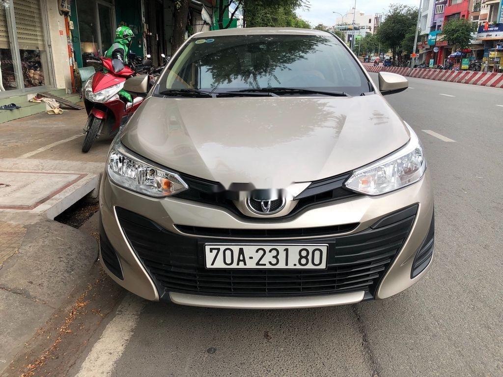 Cần bán xe Toyota Vios năm 2019, màu vàng, 440tr (1)