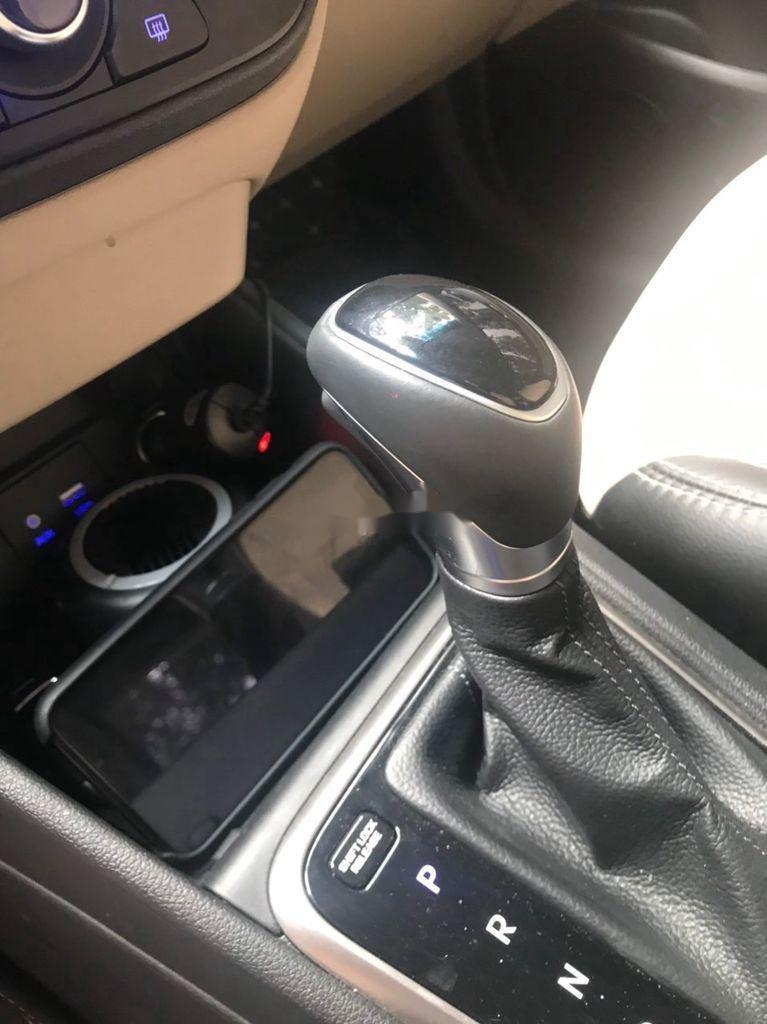 Bán xe Hyundai Accent sản xuất năm 2020 còn mới, giá 538tr (9)