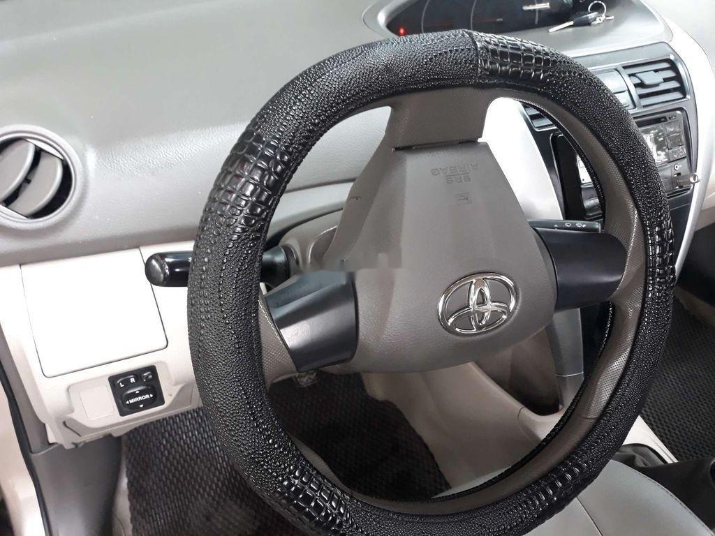 Cần bán gấp Toyota Vios sản xuất năm 2013, xe chính chủ còn mới (8)