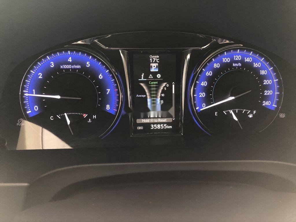 Cần bán gấp Toyota Camry năm 2017 như mới, giá chỉ 825 triệu (9)