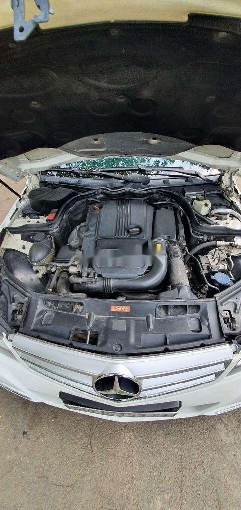 Cần bán gấp Mercedes C230 sản xuất năm 2011, xe nhập, 510 triệu (11)