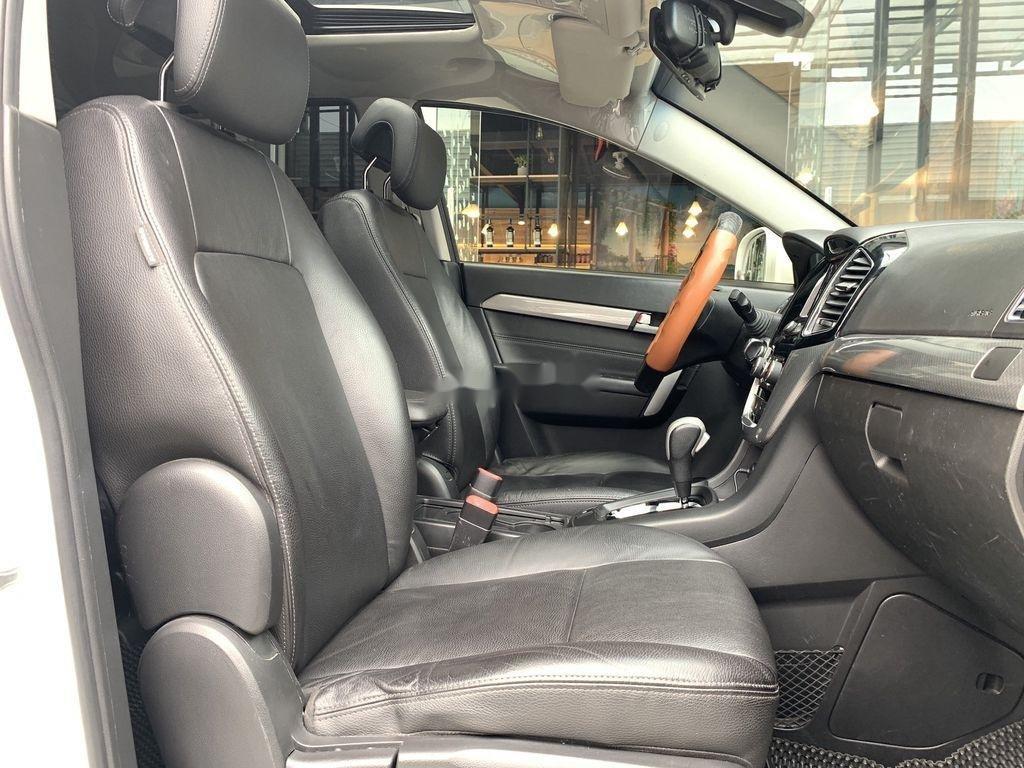 Bán Chevrolet Captiva đời 2017, màu trắng, 625 triệu (5)