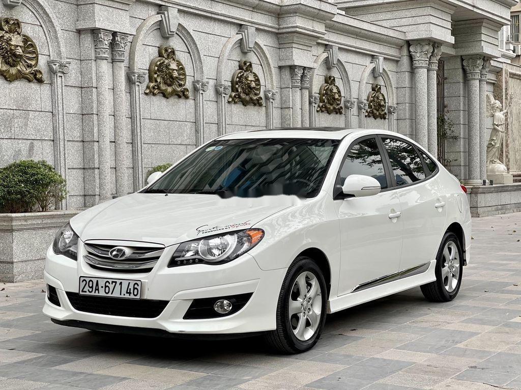 Bán ô tô Hyundai Avante sản xuất năm 2012, xe một đời chủ giá mềm (1)