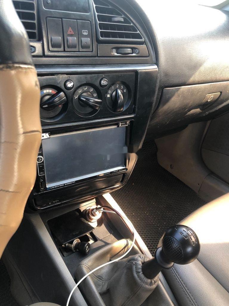 Cần bán lại xe Daewoo Nubira sản xuất 2002, màu bạc, nhập khẩu  (4)