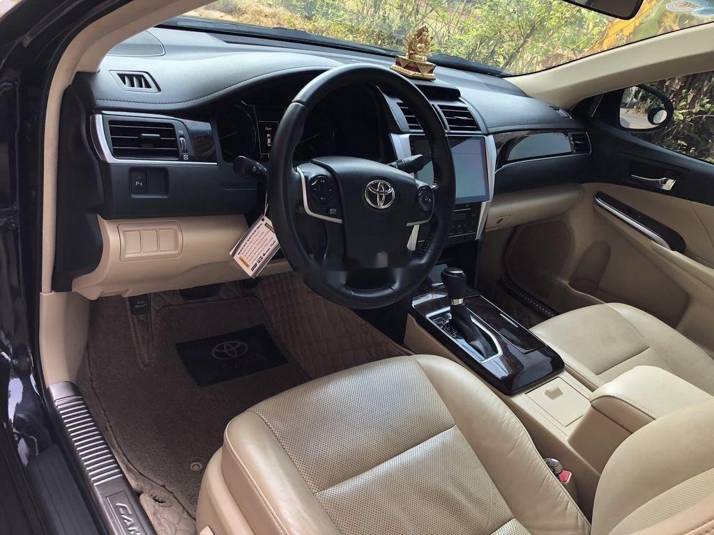 Cần bán gấp Toyota Camry năm 2017 như mới, giá chỉ 825 triệu (7)