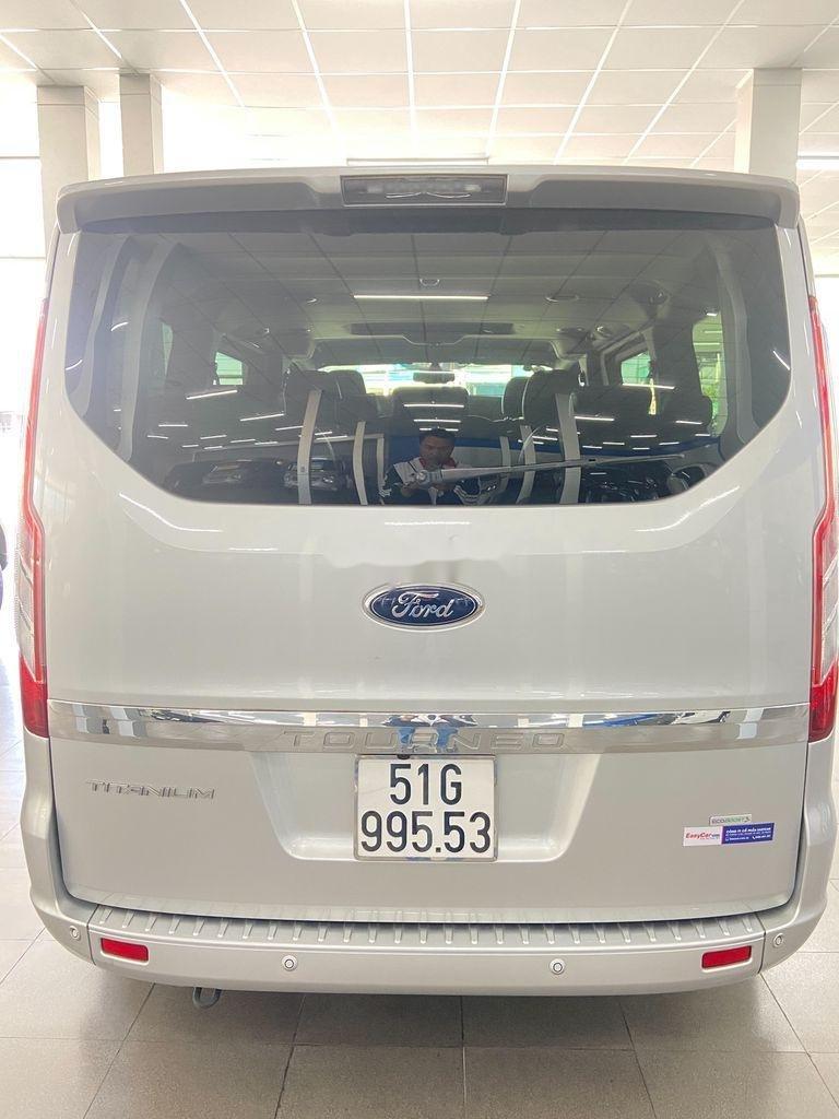 Cần bán xe Ford Tourneo năm 2019 còn mới (4)