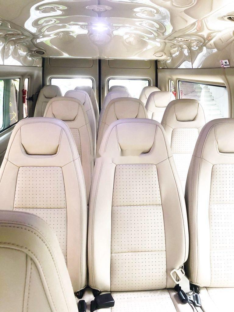 Bán Ford Transit đời 2016, màu bạc còn mới (7)