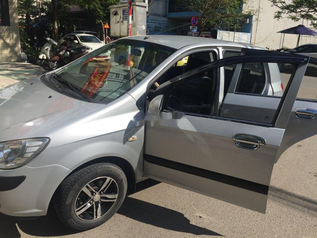 Cần bán Hyundai Click sản xuất 2010 còn mới (5)