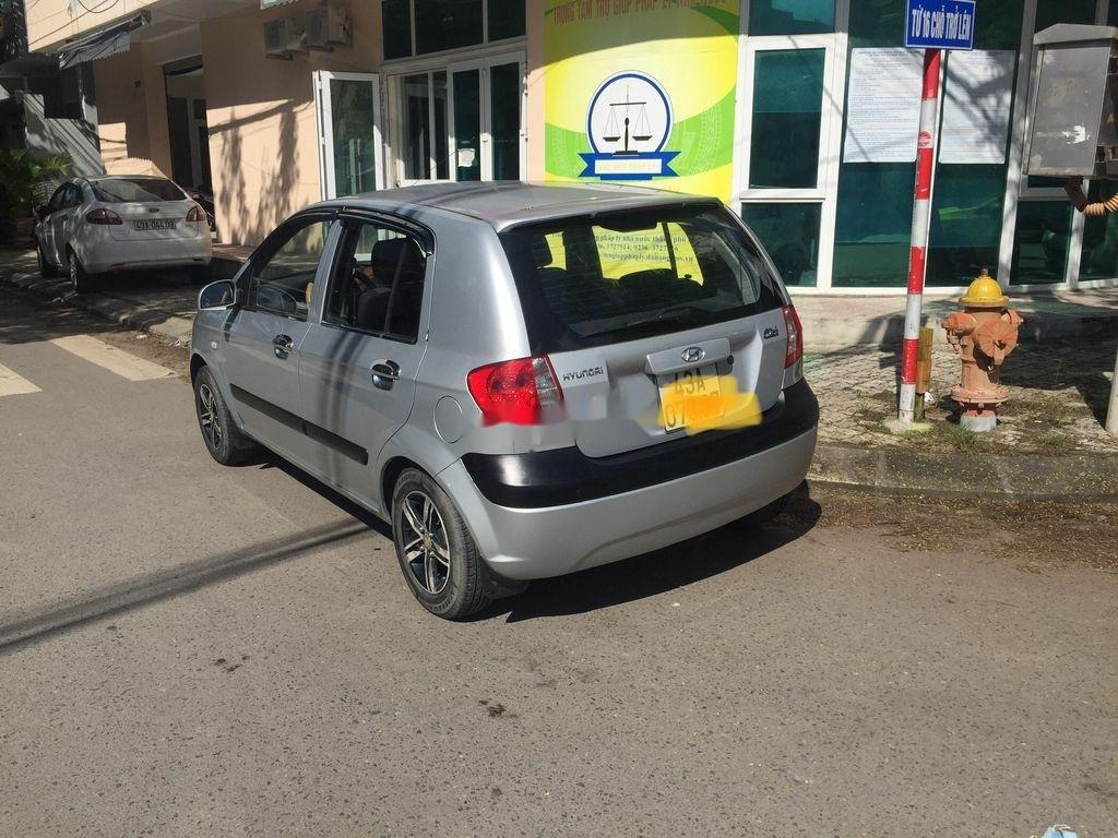 Cần bán Hyundai Click sản xuất 2010 còn mới (1)