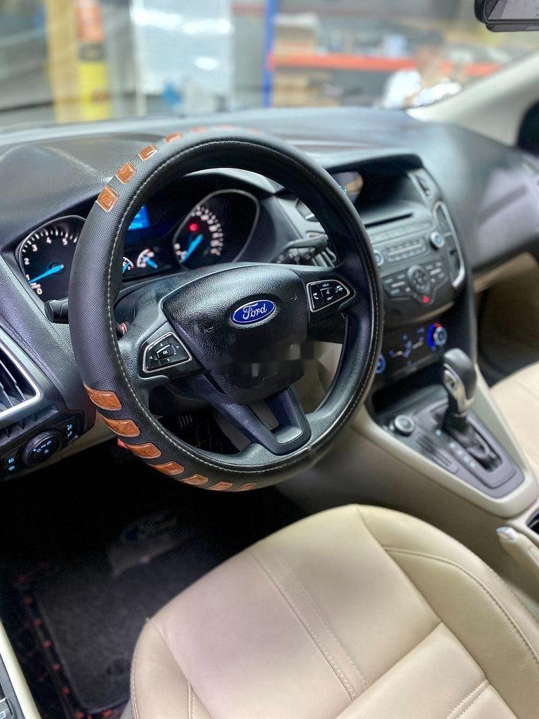 Bán Ford Focus sản xuất năm 2017, số tự động (9)