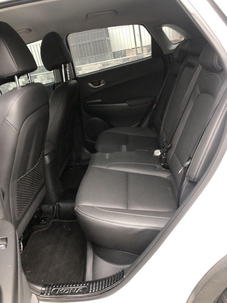 Bán xe Hyundai Kona đời 2020, màu trắng (10)