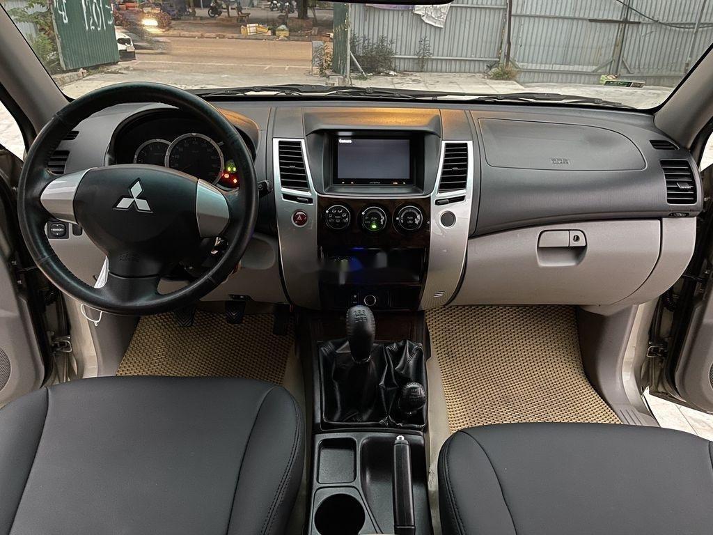 Bán ô tô Mitsubishi Pajero năm sản xuất 2012 còn mới (4)
