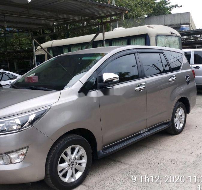 Bán Toyota Innova năm sản xuất 2017 còn mới (1)