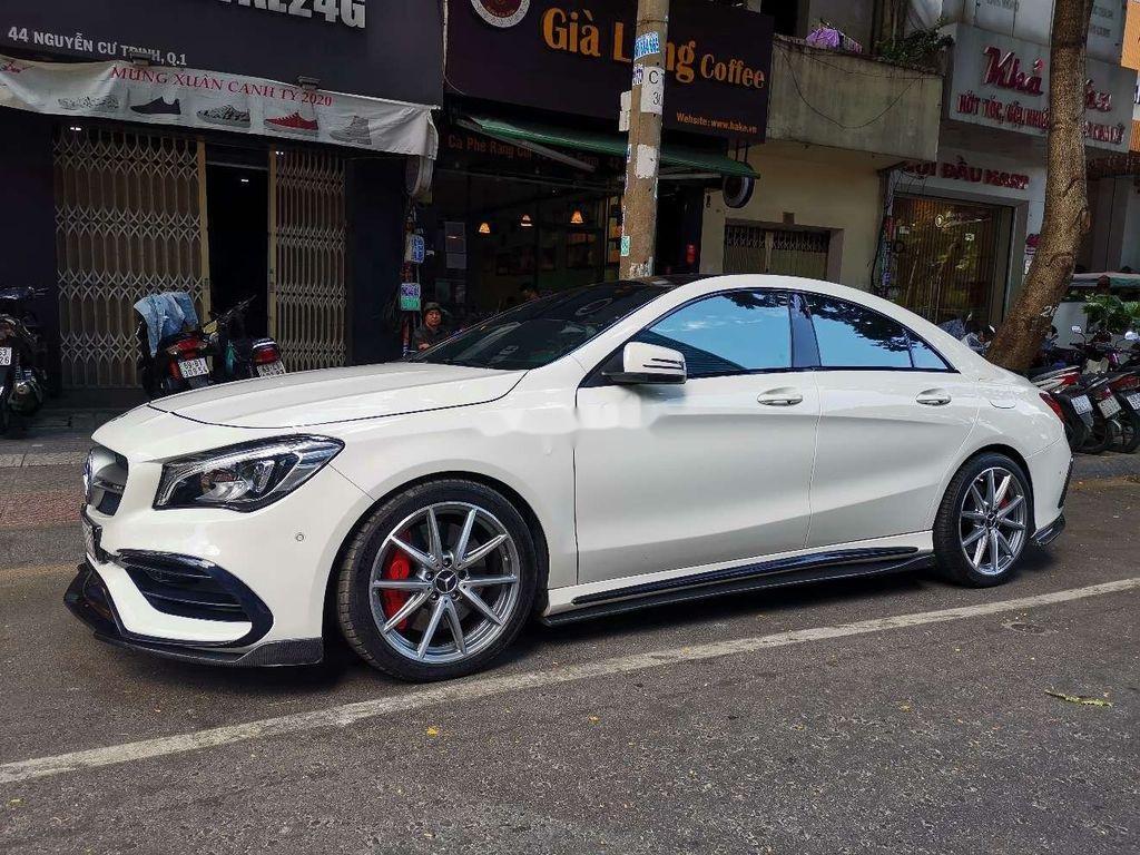 Cần bán lại xe Mercedes CLA class sản xuất năm 2017, xe nhập còn mới (1)