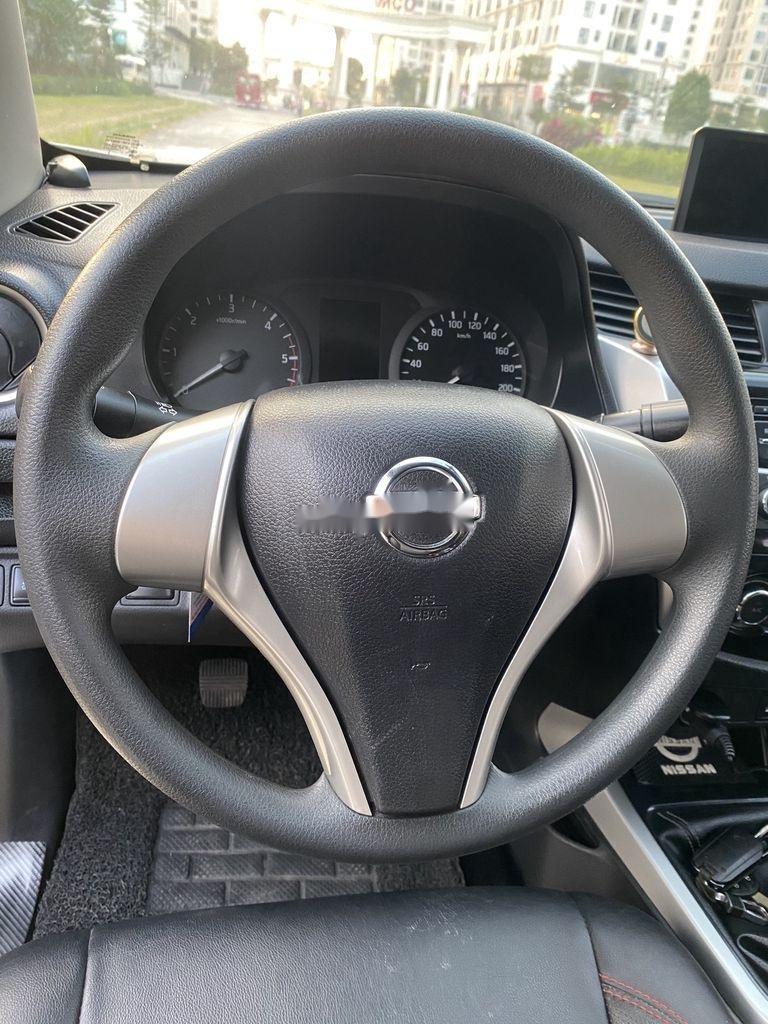Bán Nissan Navara đời 2015, màu bạc, nhập khẩu nguyên chiếc, giá chỉ 480 triệu (10)