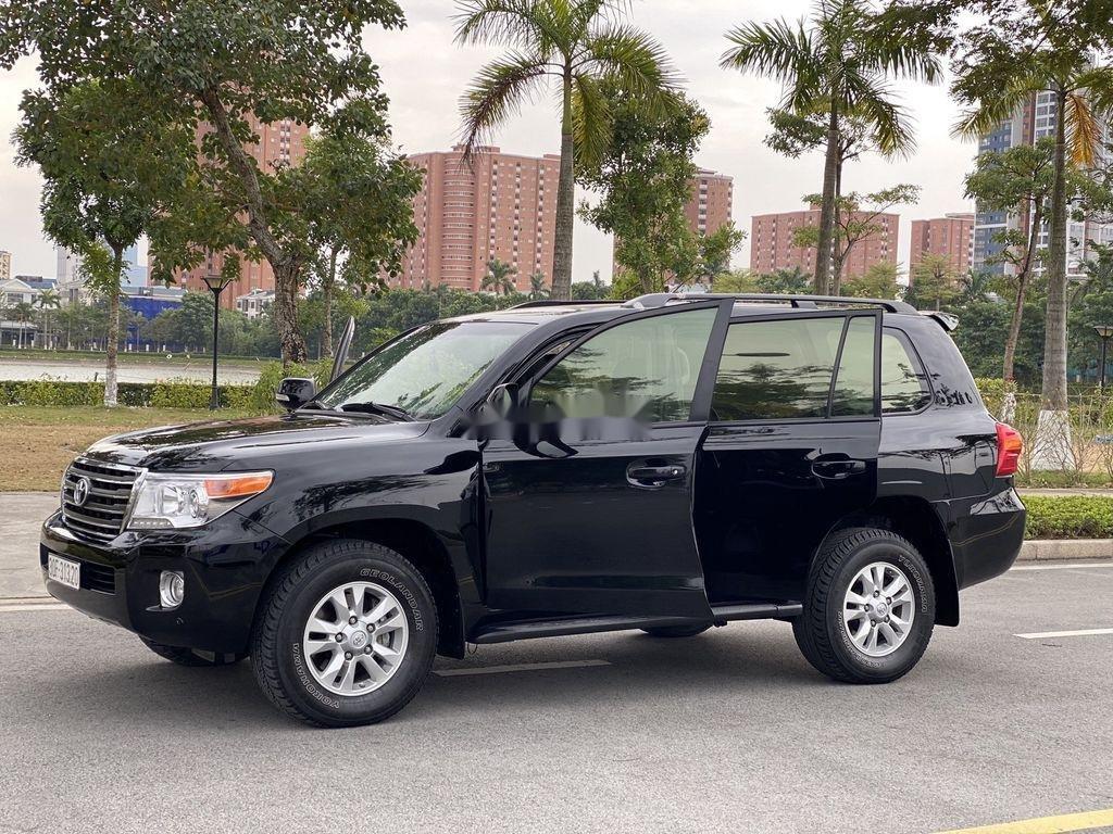 Bán Toyota Land Cruiser đời 2015, màu đen, nhập khẩu (3)