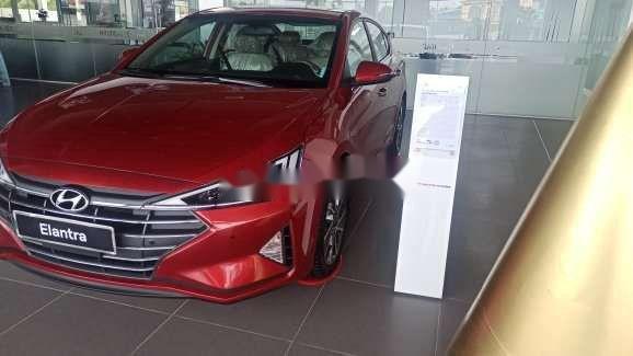 Bán xe Hyundai Elantra 2.0 AT sản xuất 2020, xe nhập, 699tr (4)