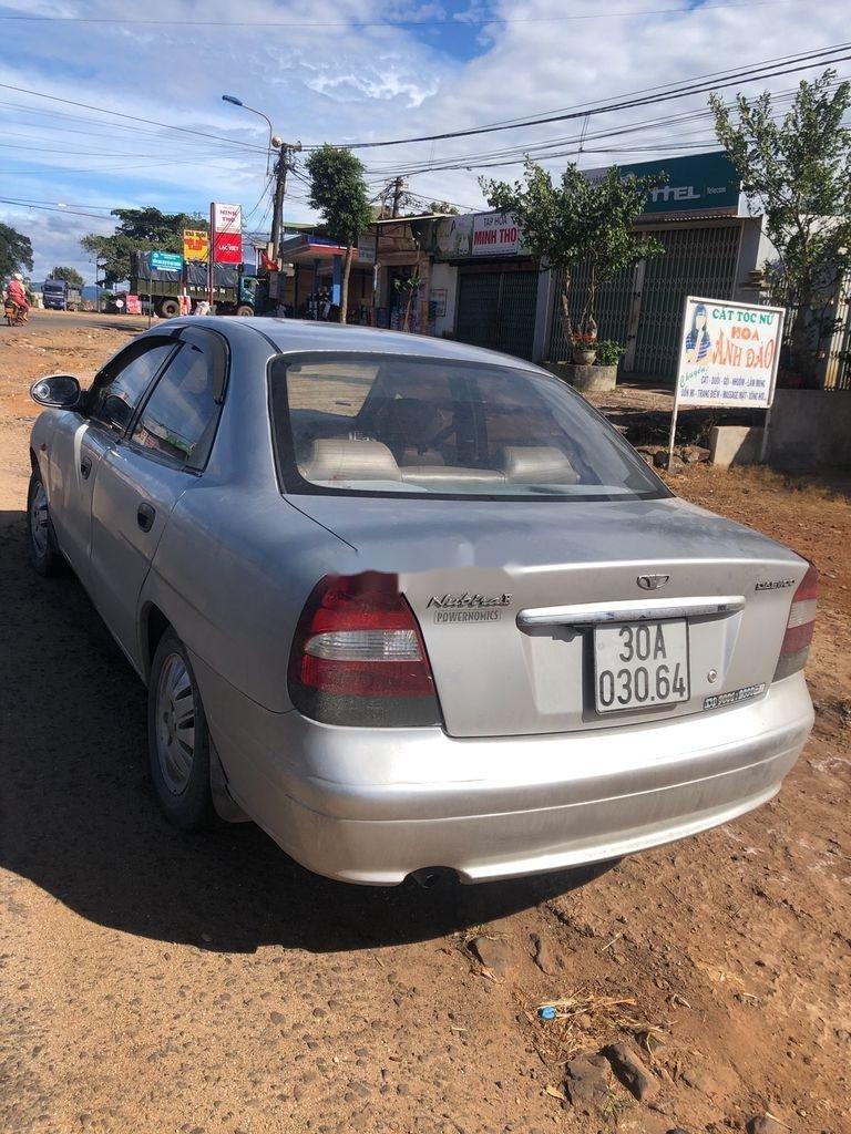 Cần bán lại xe Daewoo Nubira sản xuất 2002, màu bạc, nhập khẩu  (1)