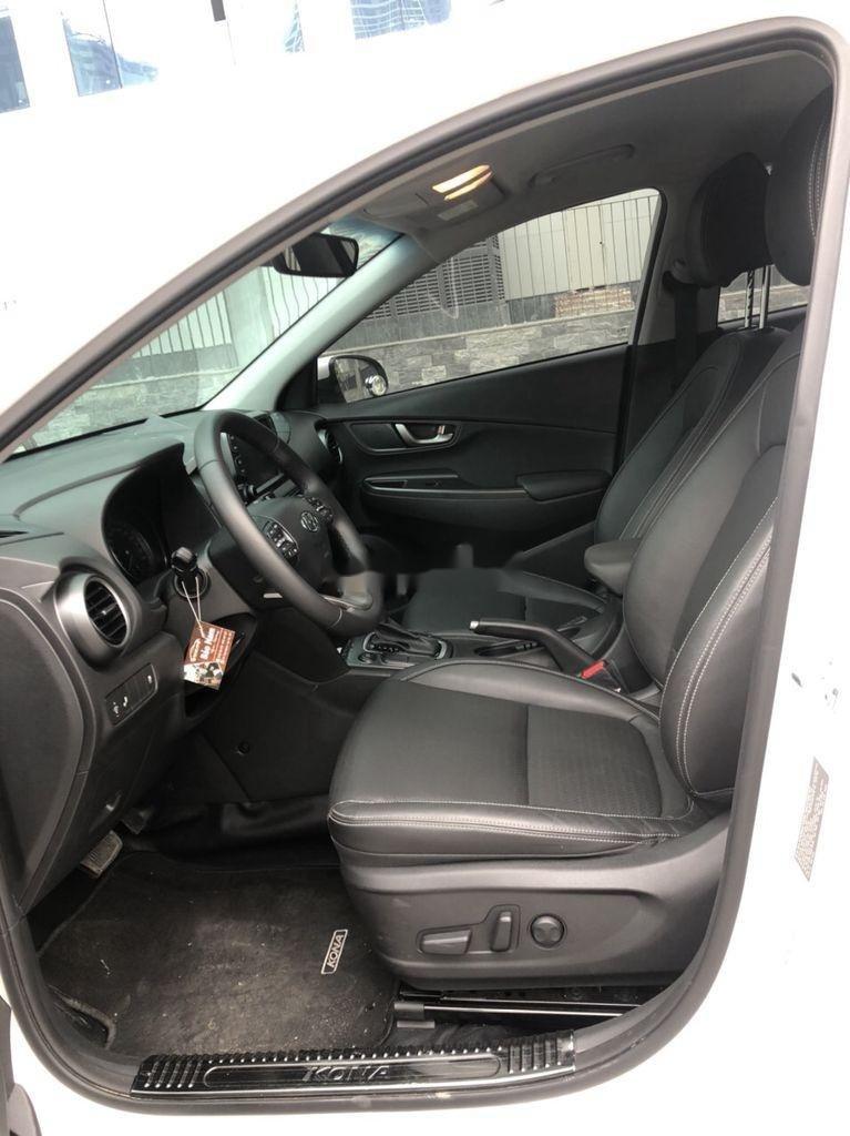 Bán xe Hyundai Kona đời 2020, màu trắng (12)
