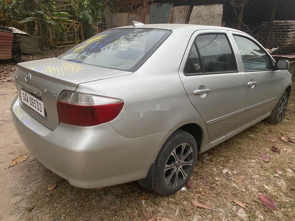 Cần bán xe Toyota Vios năm sản xuất 2003 còn mới (2)
