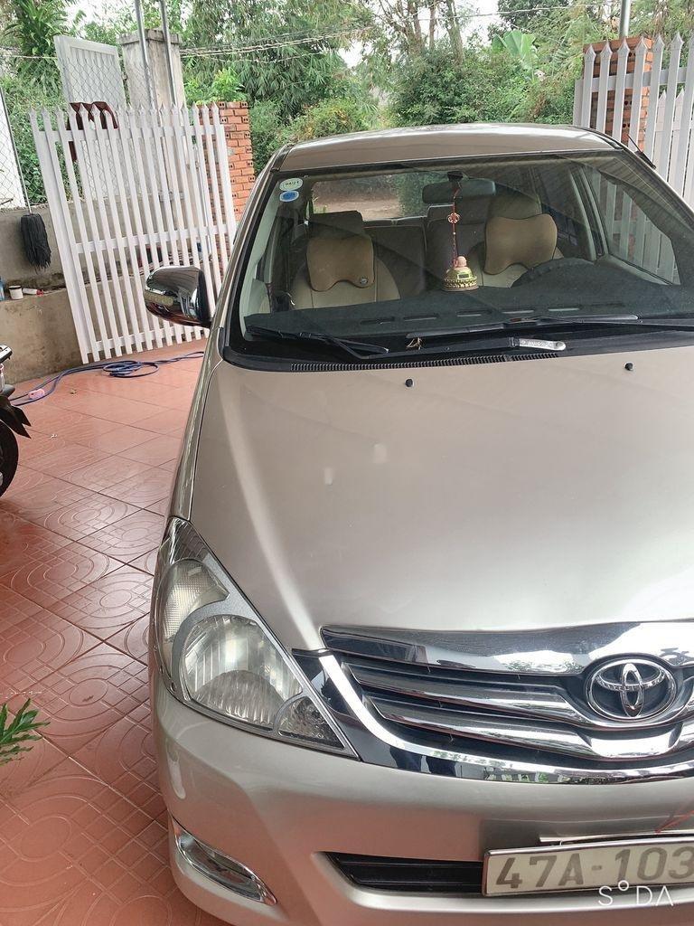 Cần bán xe Toyota Innova năm 2008, nhập khẩu nguyên chiếc còn mới (4)