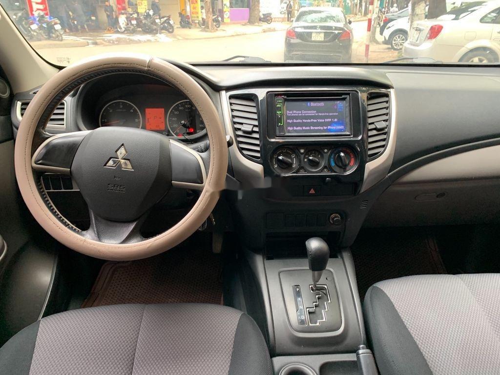 Xe Mitsubishi Triton 2.5GLS năm 2017, nhập khẩu nguyên chiếc (8)