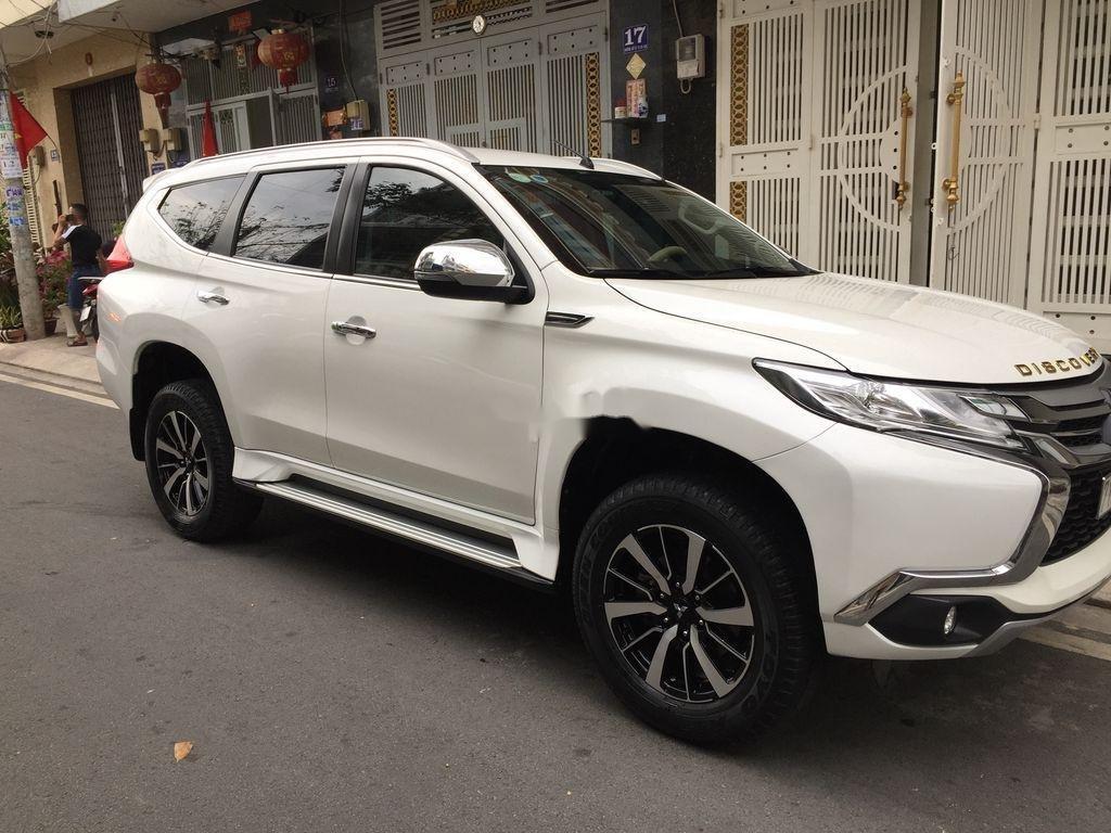 Bán xe Mitsubishi Pajero Sport sản xuất năm 2019, nhập khẩu nguyên chiếc còn mới (1)