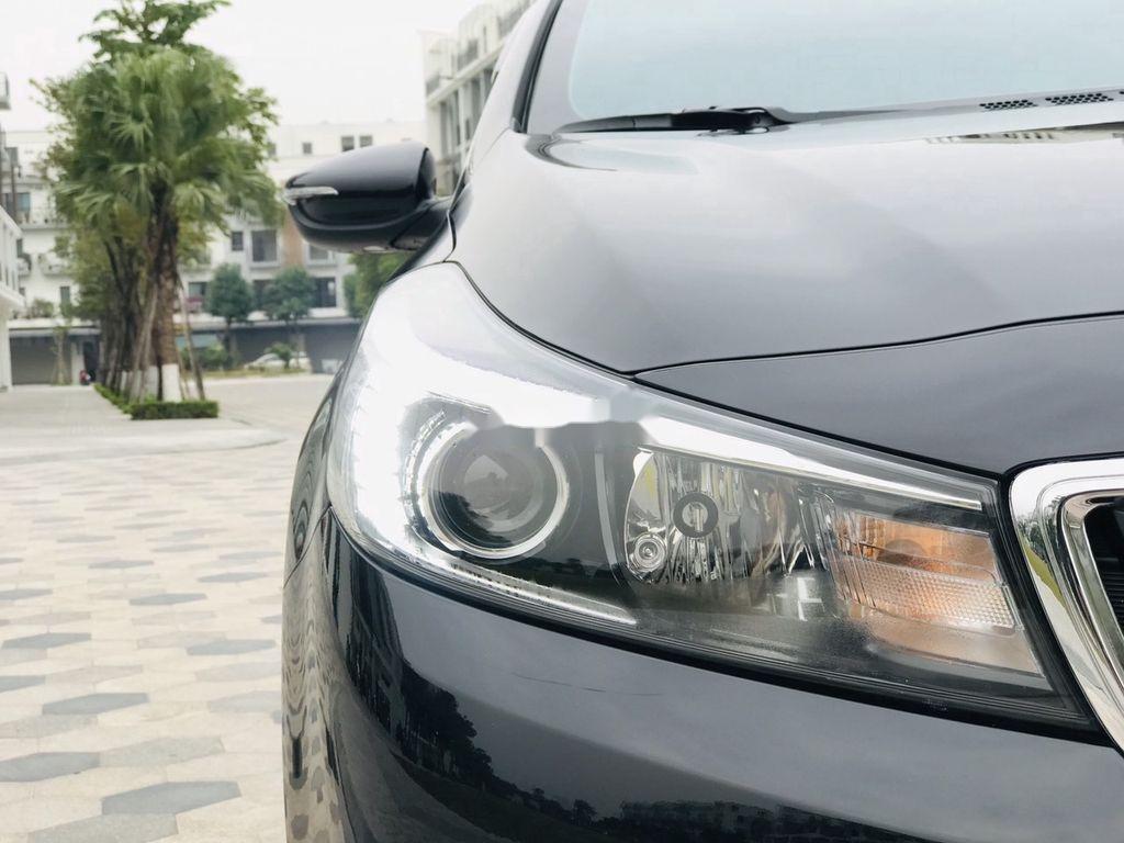 Cần bán gấp Kia Cerato năm sản xuất 2017, giá mềm (9)