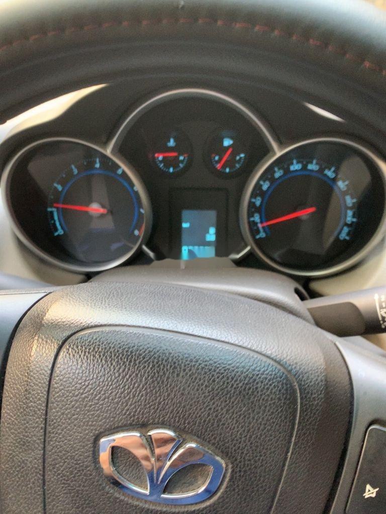 Bán xe Daewoo Lacetti sản xuất năm 2011, giá ưu đãi (1)