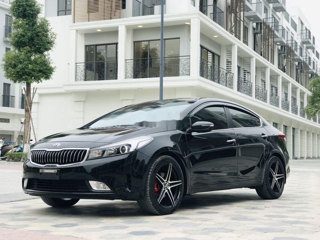 Cần bán gấp Kia Cerato năm sản xuất 2017, giá mềm (2)