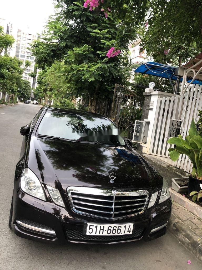 Bán xe Mercedes E class sản xuất 2011 còn mới, 900tr (3)