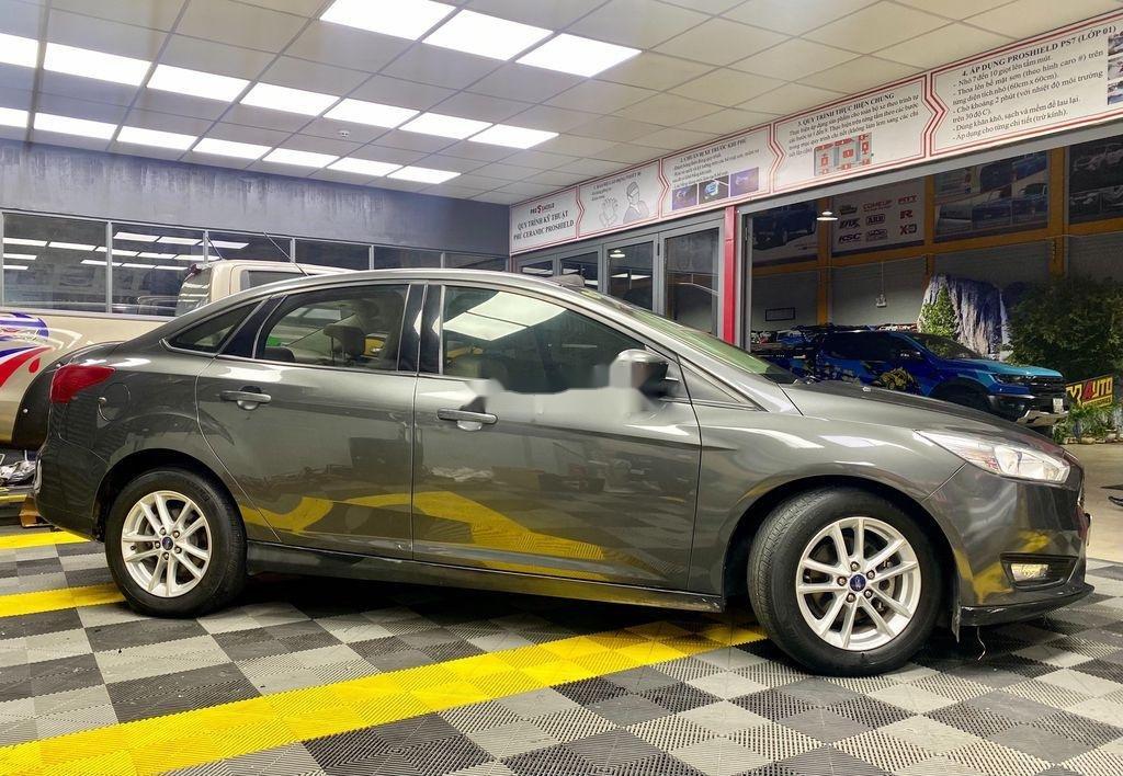 Bán Ford Focus sản xuất năm 2017, số tự động (4)