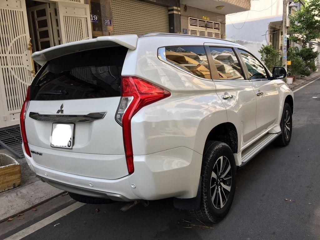 Bán xe Mitsubishi Pajero Sport sản xuất năm 2019, nhập khẩu nguyên chiếc còn mới (12)