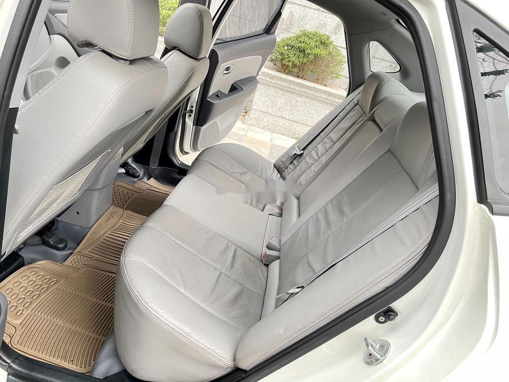 Bán ô tô Hyundai Avante sản xuất năm 2012, xe một đời chủ giá mềm (7)